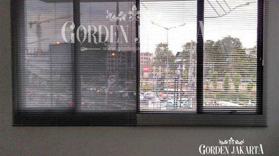 Venetian Blinds Tirai Modern Untuk Berbagai Desain Ruangan