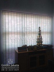 Vertical Blinds Warna Hijau Semi Blackout Sp. 8370 - 5