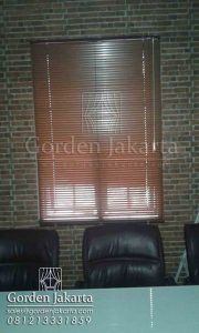 jual horizontal blinds kayu dengan slatting 25 mm