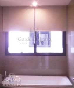 roller blind untuk kamar mandi bahan blackout superior