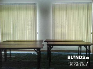 Gambar Vertical Blinds Semi Blackout Sp. 5444-1 Cream Q3620
