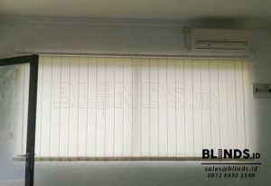 Contoh Gambar Vertical Blinds Dimout Sp. 8000-8 Cream id3671