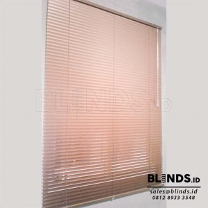 Gambar Venetian Blinds Deluxe Slatting Sp. 212 M Gold Q3775