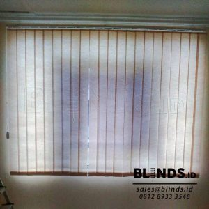 Harga Vertical Blinds semi blackout sp. 8370-3 grey Q3701