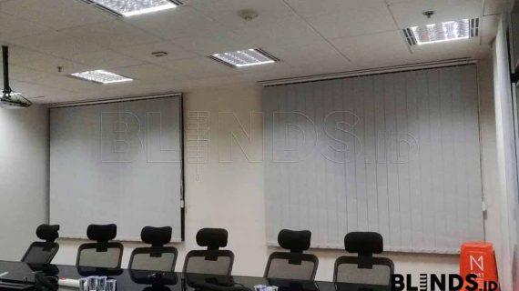 Produksi Tirai Kantor Blackout Grey Di Jakarta Selatan