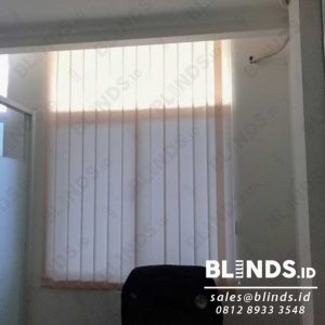 Bahan Dimout Vertical Blinds Sp. 8010-3 Beige Q3922