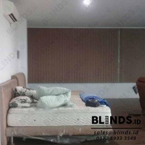 Contoh Vertical Blinds Blackout Coklat Sp 6045-6 Sharp Point Q3904