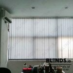 Gambar Vertical Blinds Warna Grey Dimout Ciledug