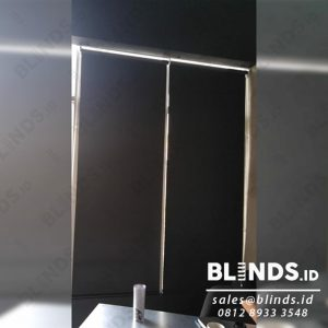 Roller Blinds Blackout Superior Warna Hitam Sp.6045-9 Sharp Point id4048