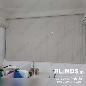 Vertical Blinds Solar Screen Series 1004 Beige Di Jembatan Dua id4046