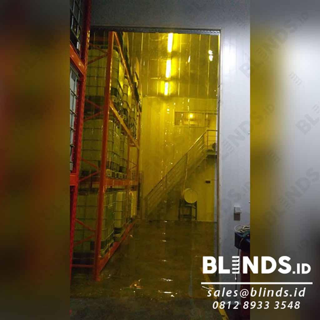 Contoh Strip Curtain Pvc Kuning Pasang Di Batu Ceper