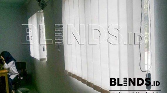 Bahan Dimout Vertical Blinds Untuk Klien Di Jatiwarna Bekasi