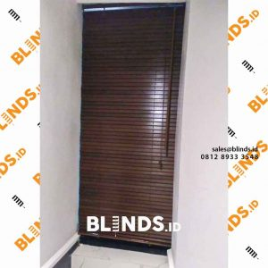 Contoh Wooden Blinds Tropical Hard Wood 27 mm Baltic id4178