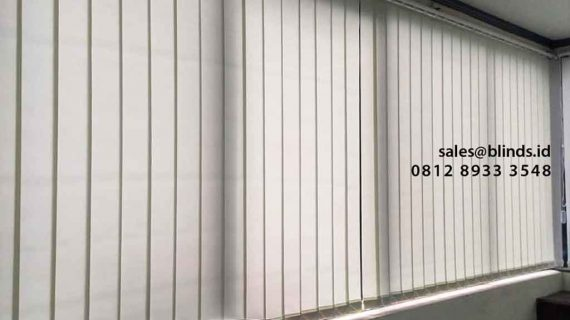 Warna Ivory Pada Vertical Blinds Dimout Marintur Indonesia Manggarai