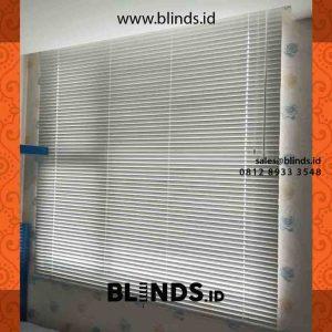 gambar horizontal blinds aluminium di warung buncit id4252