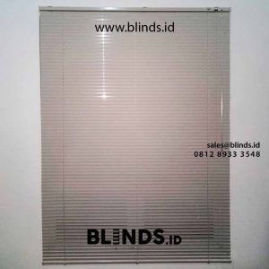 contoh tirai horizontal deluxe slatting sharp point project di puri bintaro id4331