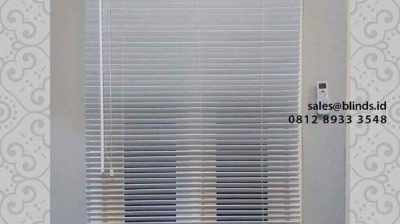 Jual Wooden Blinds Warna Putih Di Syarpa Residence Ciganjur