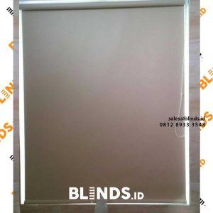 tirai roller blinds warna cream sharp point