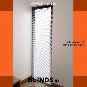 venetian blinds deluxe slatting cocok untuk jendela dan pintu kaca