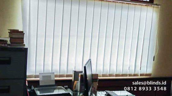 Model Gorden Kantor Vertical Blind Di Tanah Kusir Jakarta Selatan