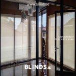 Roller Blinds Bahan Solar Screen Klien Komplek Palem Indah Duren Sawit