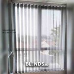 Pasang gorden Kantor Vertical Blinds Dimout Grey Mampang Prapatan
