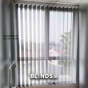 Pasang gorden Kantor Vertical Blinds Dimout Grey Mampang Prapatan id5764