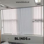 Harga Vertical blinds dimout warna light grey ID5327