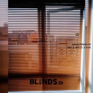 55+ Portofolio Tirai Venetian Blinds Sp 212 M Coklat Dekorasi Ruangan Lebih Menarik id5514