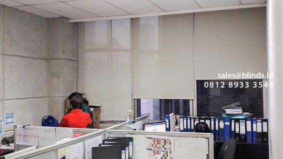 Jual Roller Blinds Solar Screen Sp 2600-10 Green + Cream Rasuna Said Setiabudi Jakarta