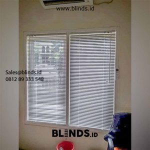 Venetian Blinds Sp 011 Putih Pasang di Puri Beta Larangan Tangerang id5631