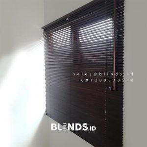 Jual Wooden Blinds Tropical HardWood 11 WB Mahogany Perumahan Premier Estate 2 Pondok Melati Id5103